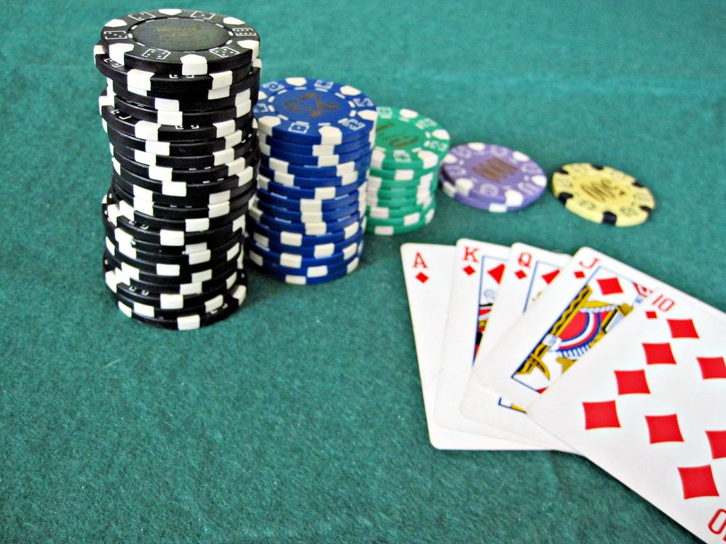Kegembiraan bermain CEME Online di situs daftar poker tepercaya